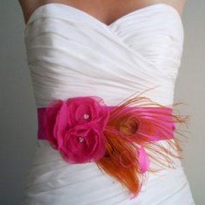 Pavje roza poročni trendi enchpro (5)